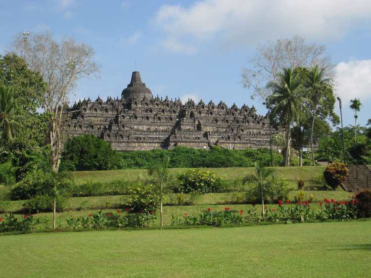 001_View_of_Borobudur