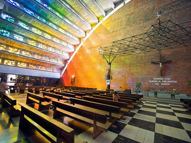 10-of-the-World_s-Most-Unusual-Churches-9