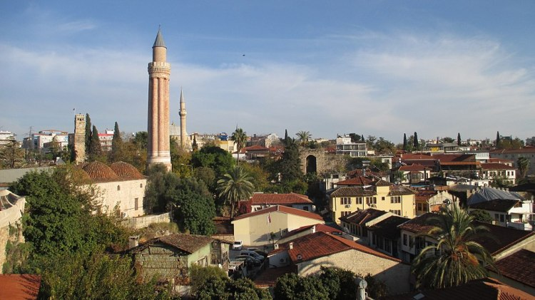 1024px-Antalya_-_Kaleiçi