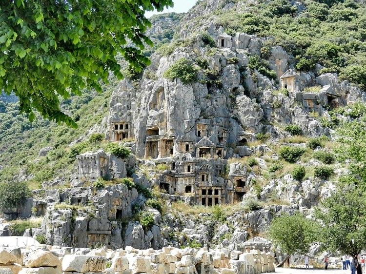 1024px-Demre_Myra,_ancient_tombs_-_panoramio