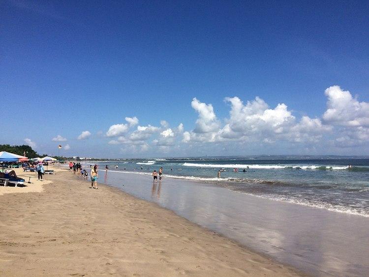 1024px-Double_Six_Beach