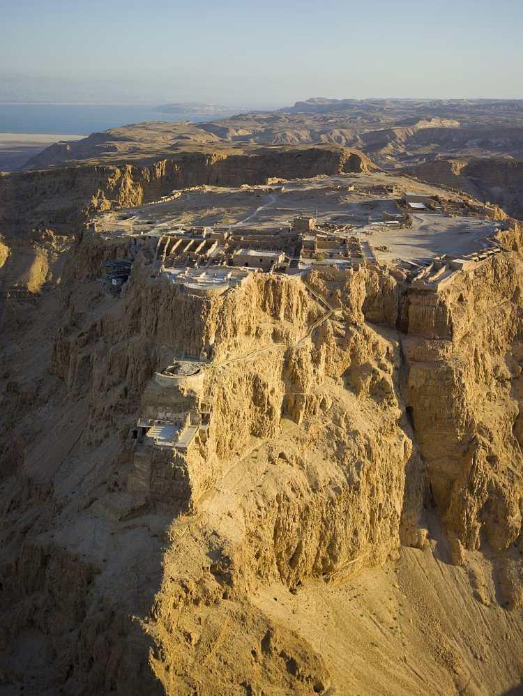 1024px-Israel-2013-Aerial_21-Masada