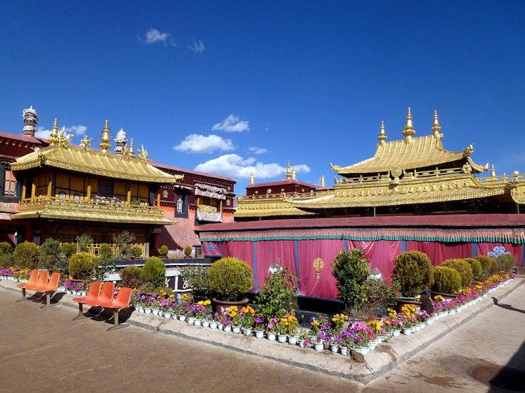 1024px-Jokhang_Temple_Lhasa_Tibet_China_西藏_拉萨_大昭寺_-_panoramio_(10)