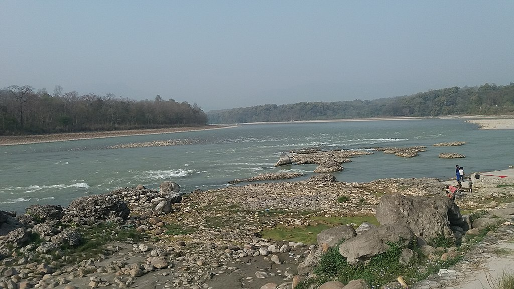 1024px-Narayani_river_in_Chitwan