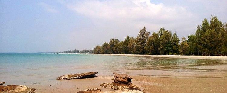 1024px-Otres_Beach_Sihanoukville