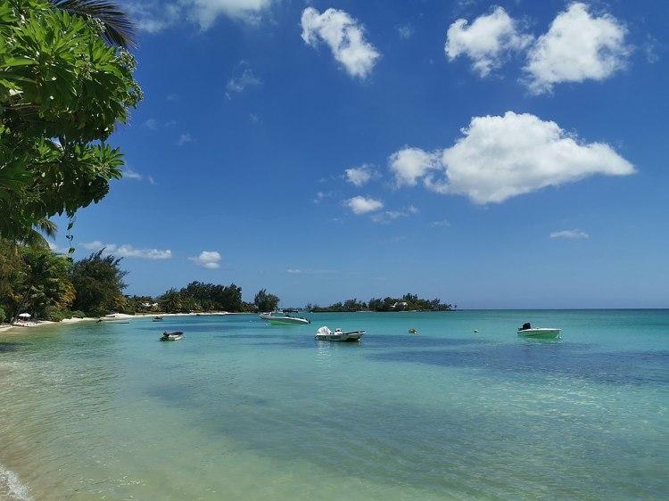 1024px-Pereybere_Beach_Mauritius_2019-09-27_2