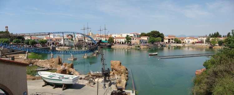1400px-Lago_de_Mediterránea_con_Furius_Baco.jpg
