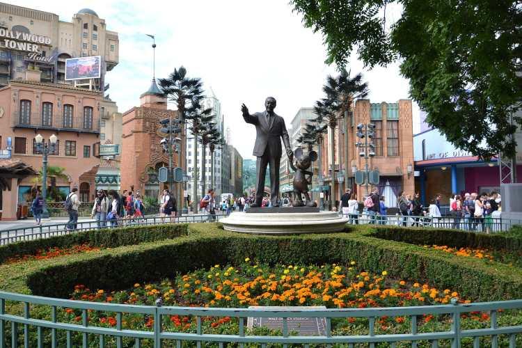 1920px-Walt_Disney_Studios_Park_-_panoramio_(4)