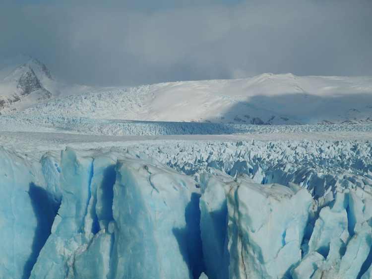 argentina-los-glaciares-national-park-landscape-nature
