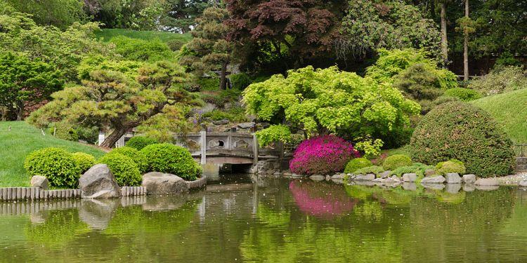 Brooklyn_Botanic_Garden_New_York_May_2015_panorama_2