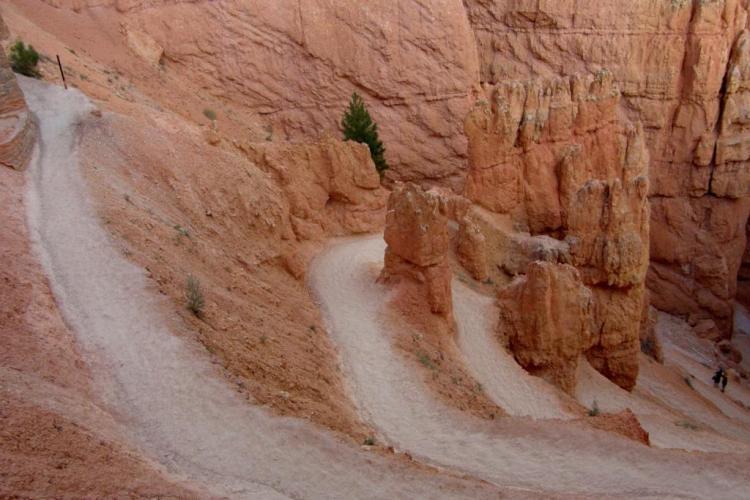 bryce-canyon-sunset-point-navajo-trail-8.jpg