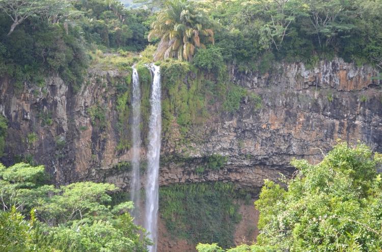 Chamarel_Falls,_Mauritius