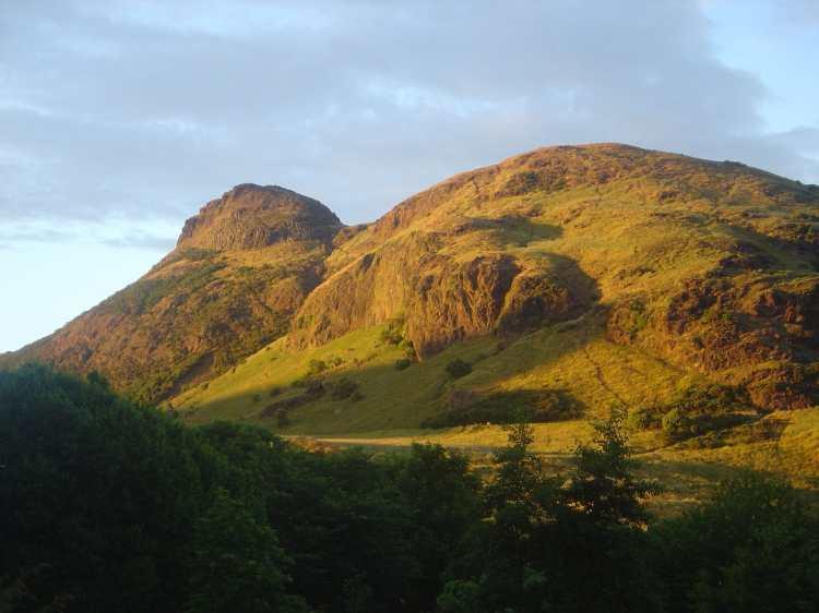 Edinburgh_Arthur_Seat_dsc06165.jpg