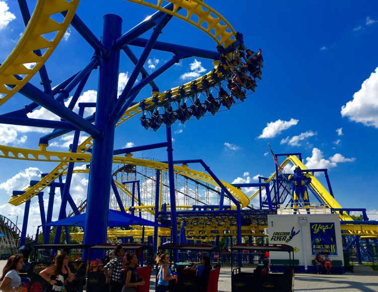 Fun_Spot_America_Orlando_Freedom_Flyer_Coaster