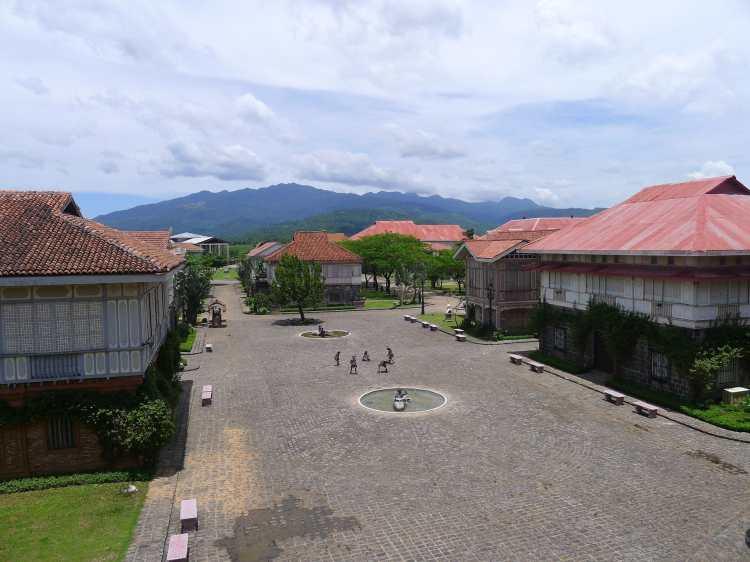 Heritage_Houses-2,_Las_Casas_Filipinas_de_Acuzar,_Bataan