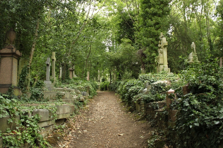 Highgate_Cemetery_East
