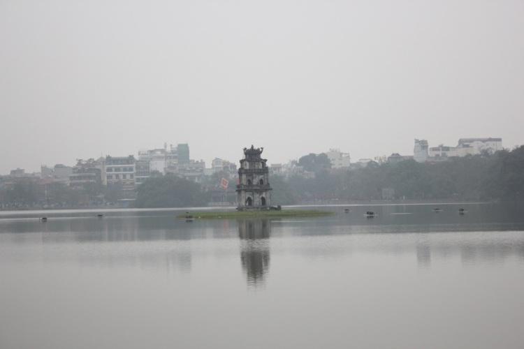 Hoàn-Kiếm-Lake-Turtle-Tower-Sword-Lake-Hanoi-Vietnam-2