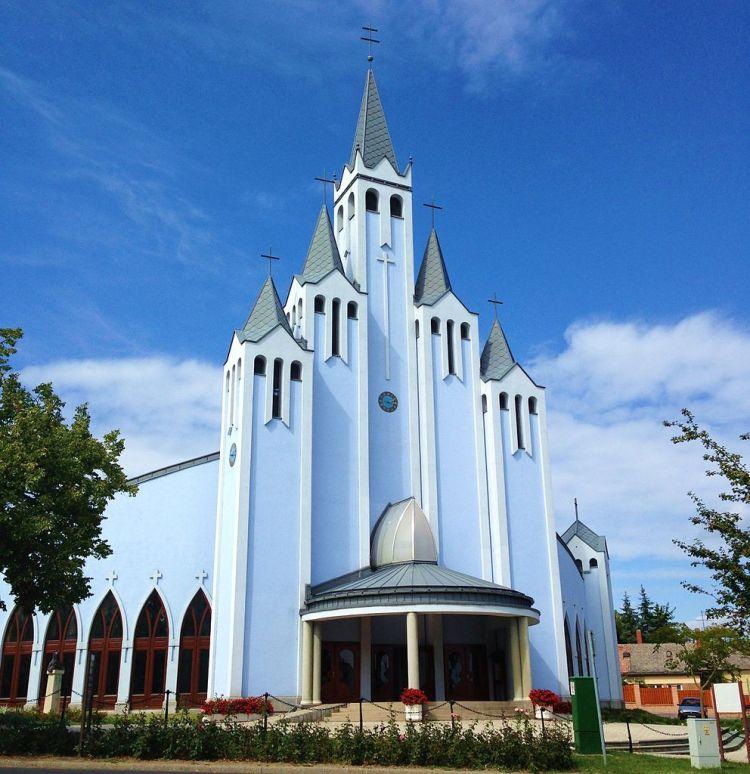 Holy_Spirit_Church_Hévíz