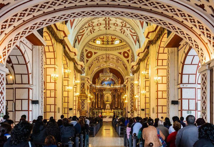 Iglesia_de_San_Francisco,_Lima,_Perú,_2015-07-28,_DD_76