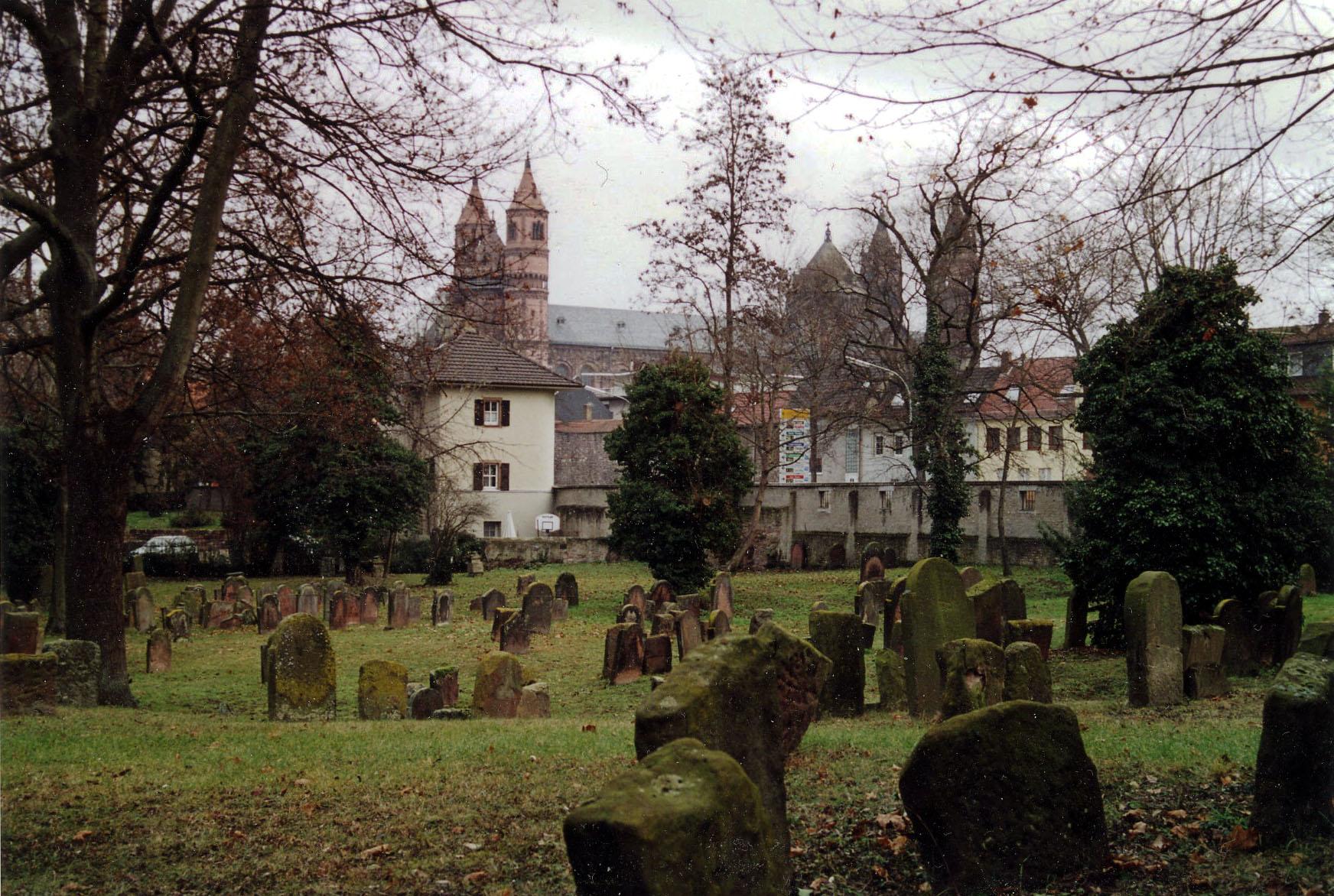 Judenfriedhof_Worms_3