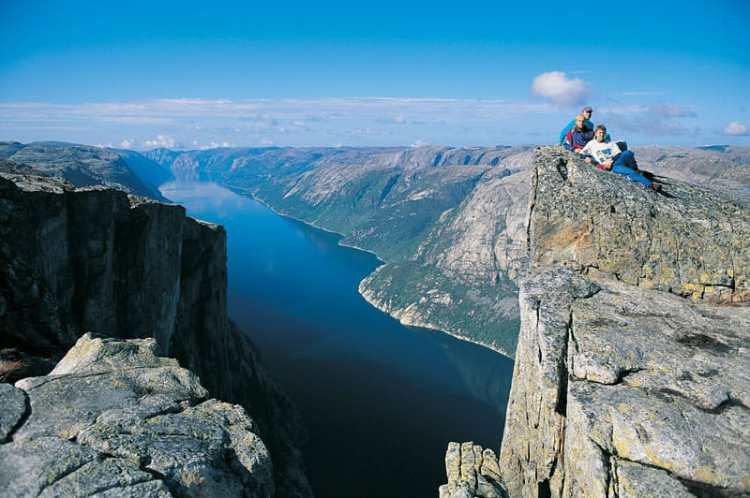 Lysefjorden_fjord.jpg