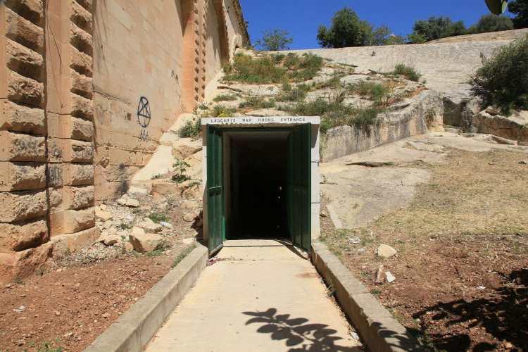 Malta_-_Valletta_-_St._James_Ditch_-_Lascaris_War_Rooms_02_ies.jpg