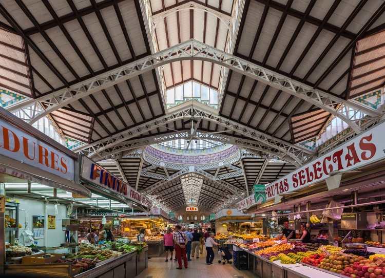Mercado_Central,_Valencia,_España,_2014-06-30,_DD_115.JPG