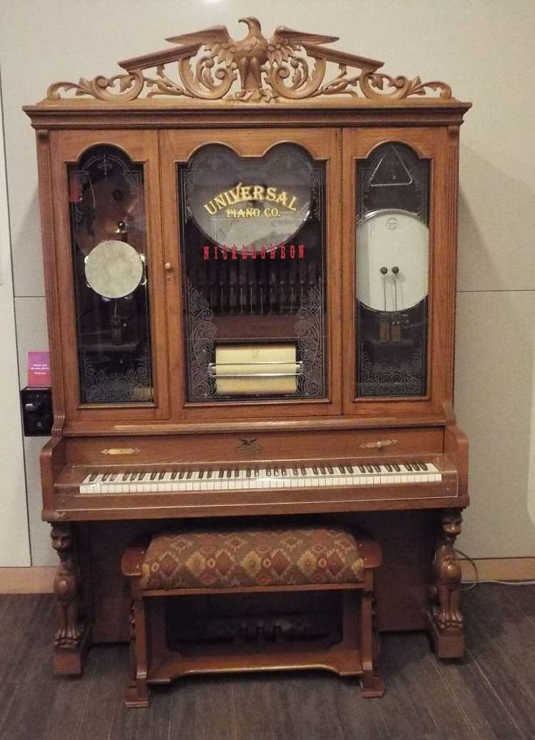 Phoenix-Musical_Instrument_Museum-Nickelodean_Piano_Player.jpg