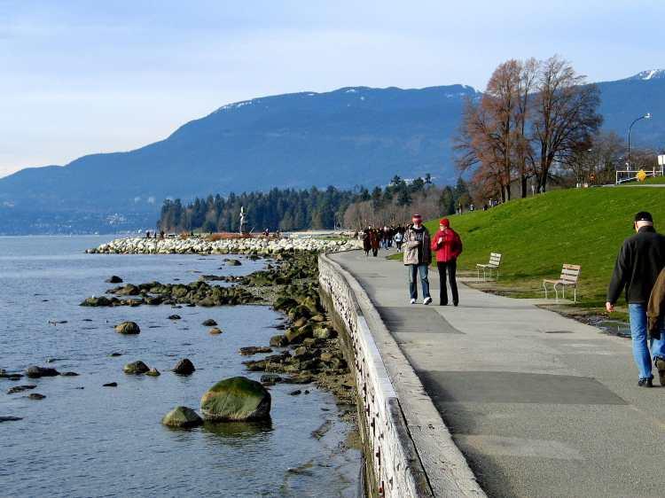 Seawall_Vancouver.jpg