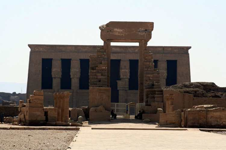 SFEC_EGYPT_DENDERA_2006-006