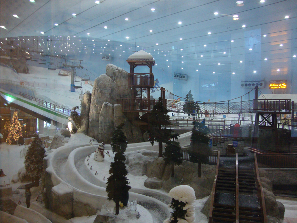 Ski_Slope_in_the_Mall_of_The_Emirates_(5319597468)