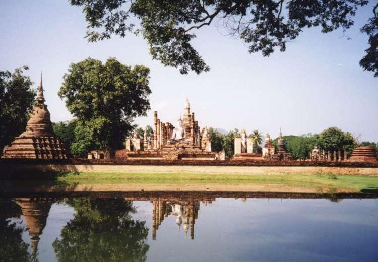 Sukhothai_historical_park1