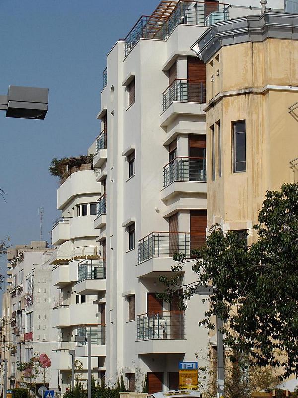 Tel_Aviv's_White_City