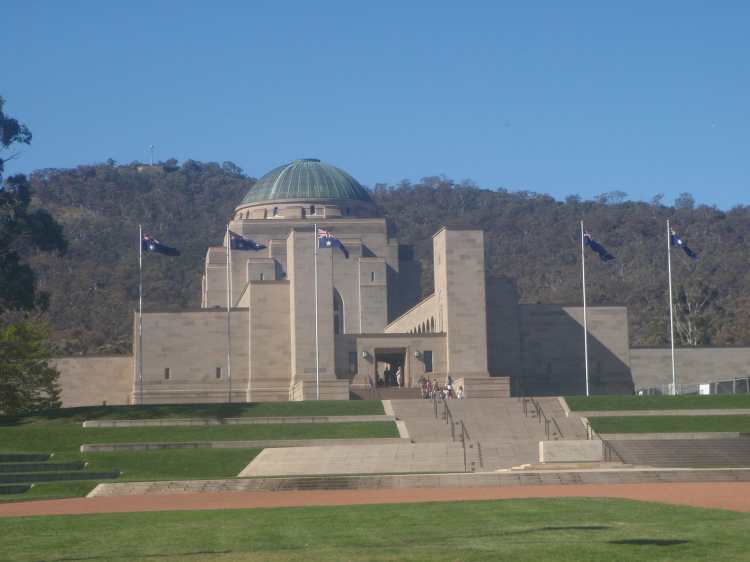 The_National_War_Memorial,_Canberra.JPG