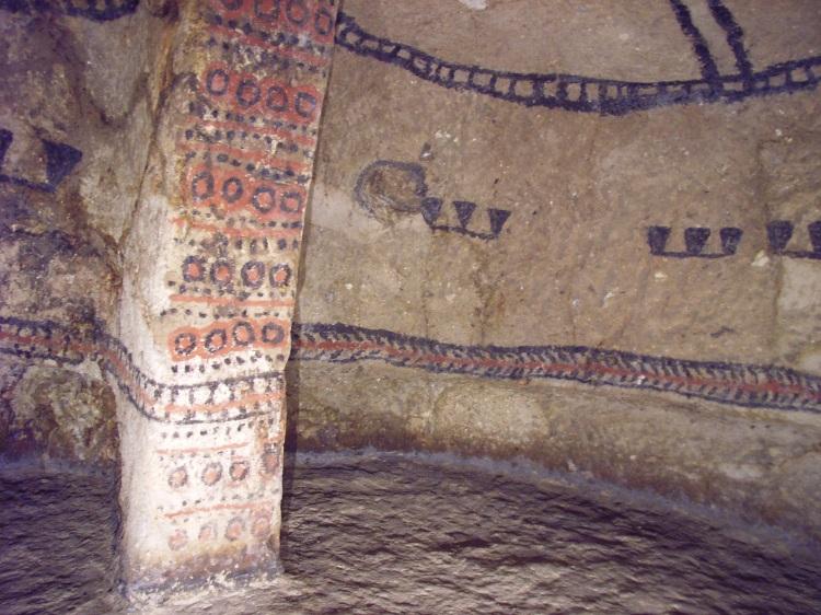 Tombs_in_Tierra_Dentro