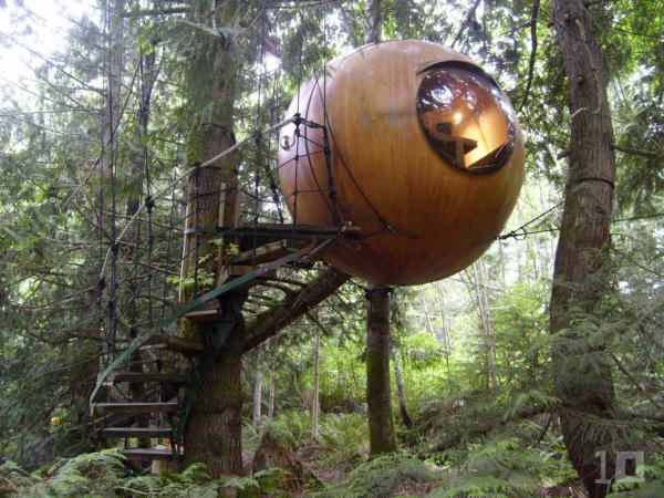 Treehouse-in-Canada-Free-Spirit-Sphere-006