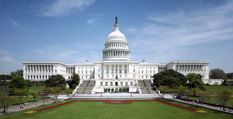 United_States_Capitol_-_west_front_tilt_correct