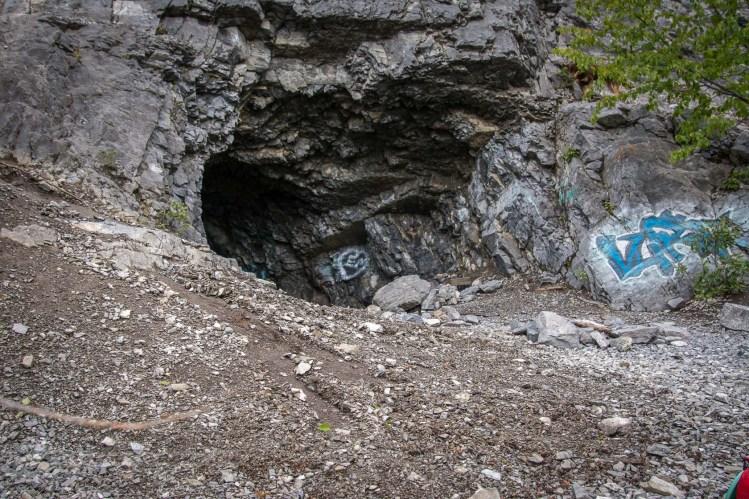 Vault-hike-kananaski-2021