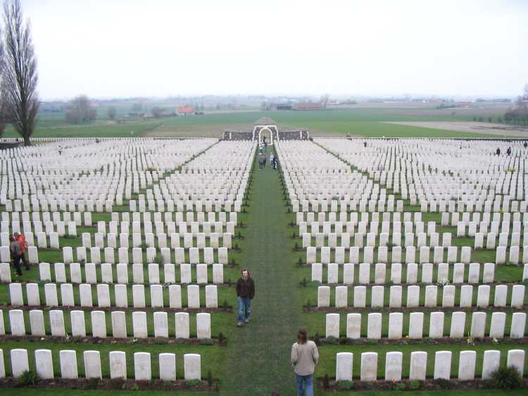 View_from_top_of_Tyne_Cot.JPG