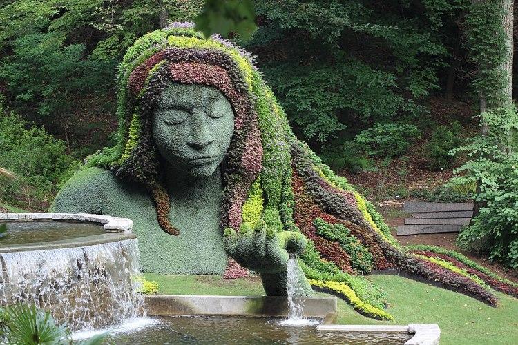 1024px-Earth_Goddess_sculpture,_Atlanta_Botanical_Gardens