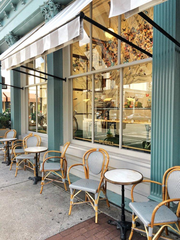 the+paris+market+savannah+georgia+outdoor+seating