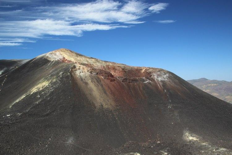 1599px-Cerro_Negro_volcano_in_Nicaragua_01